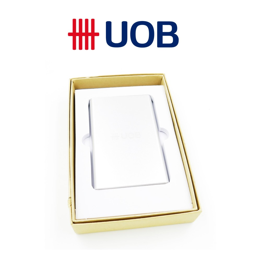 UOB Group - 5,200mah Powerbank - Simplicity Gifts - Corporate Gifts Singapore - simplicitygifts.com.sg (1)