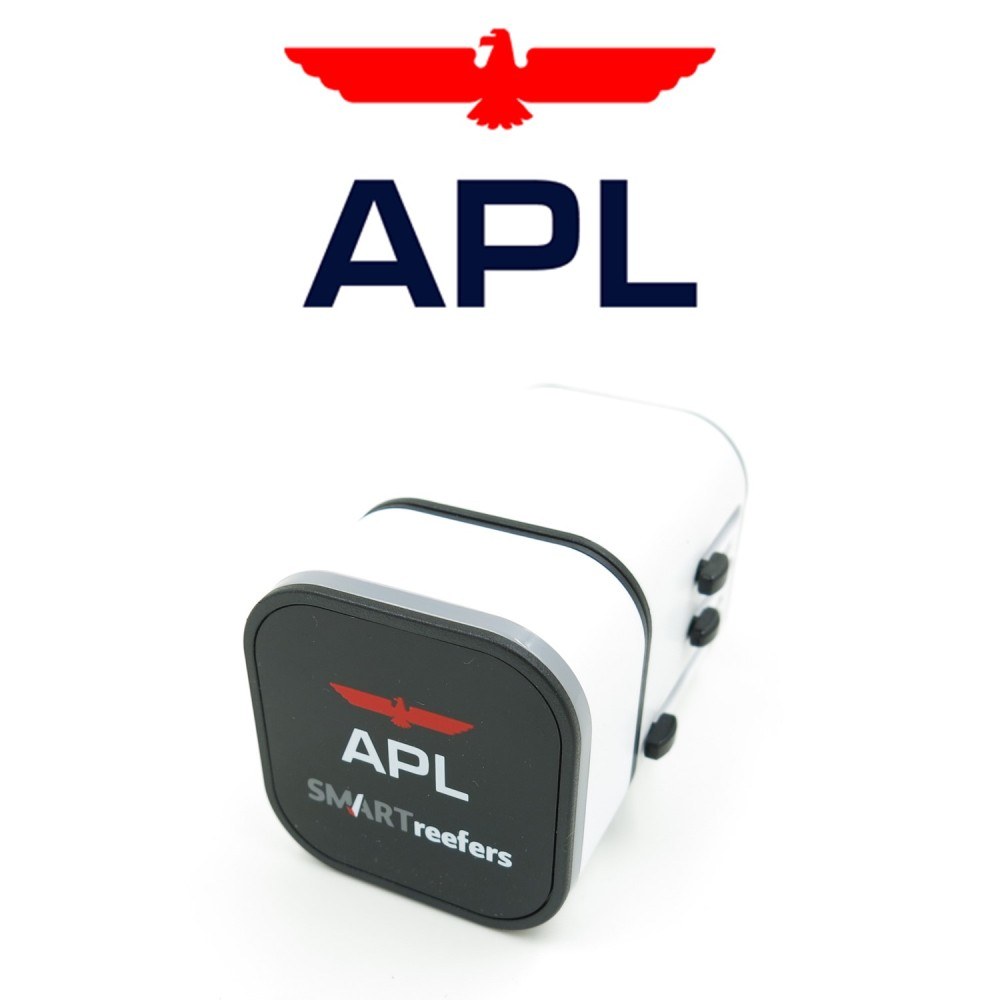 APL- LED Travel Adapter - Simplicity Gifts - Corporate Gifts Singapore - simplicitygifts.com.sg (3)